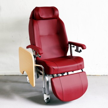 Normandie Geriatric Chair