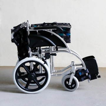 FS870 Lightweight Wheelchair