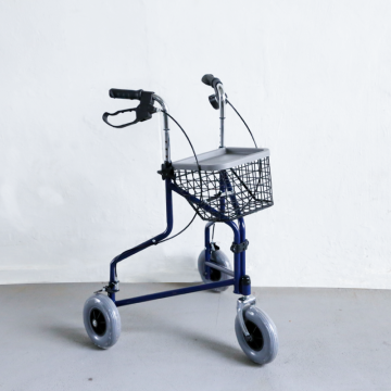 FS969 3 Wheel Rollator